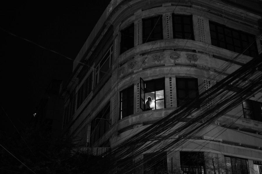Views phnom penh une ville la nuit le mois de la for Garage ouvert la nuit paris